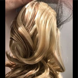 Ponytail 27/613 Long curly clip in hair topper pcs